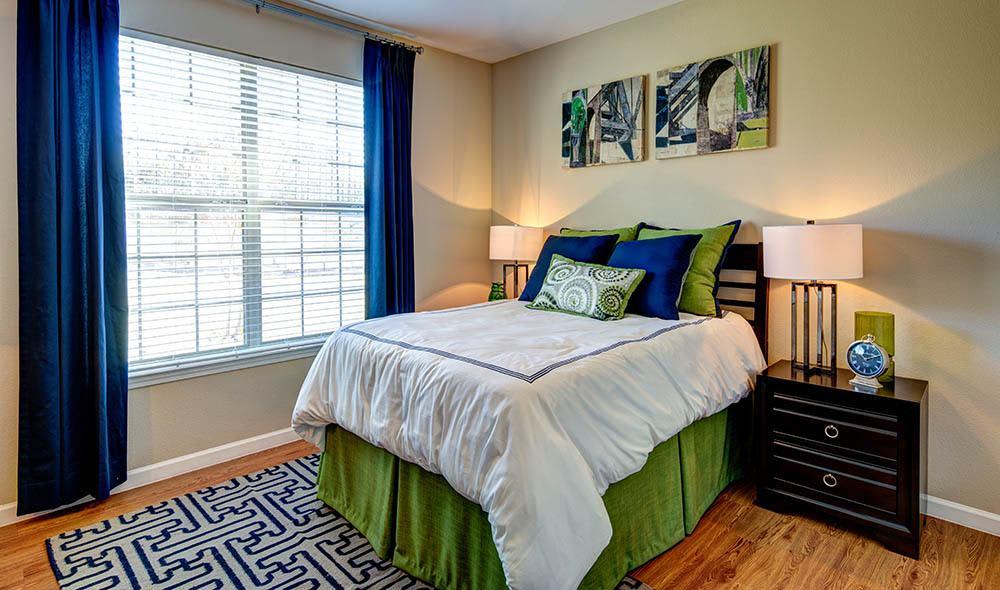 Cozy bedroom at Marquis at Canyon Ridge, Austin
