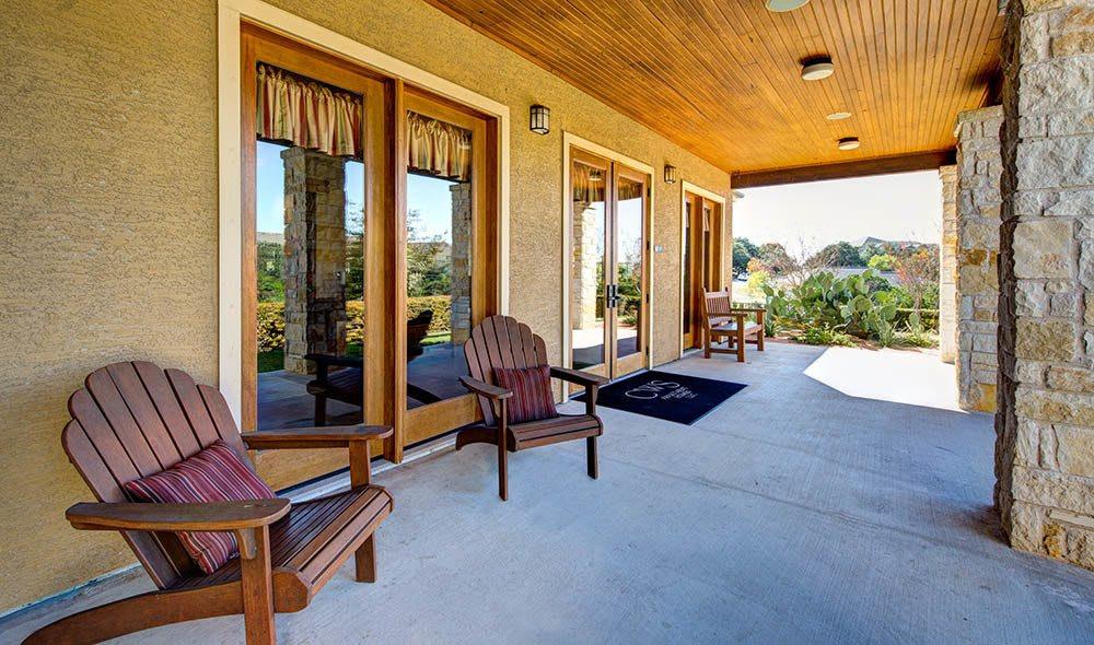 Exterior patio of Marquis at Canyon Ridge, Austin