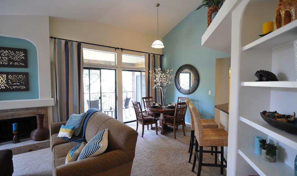 Enjoy family in the living room at Marquis at Caprock Canyon in Austin, Marquis at Caprock Canyon