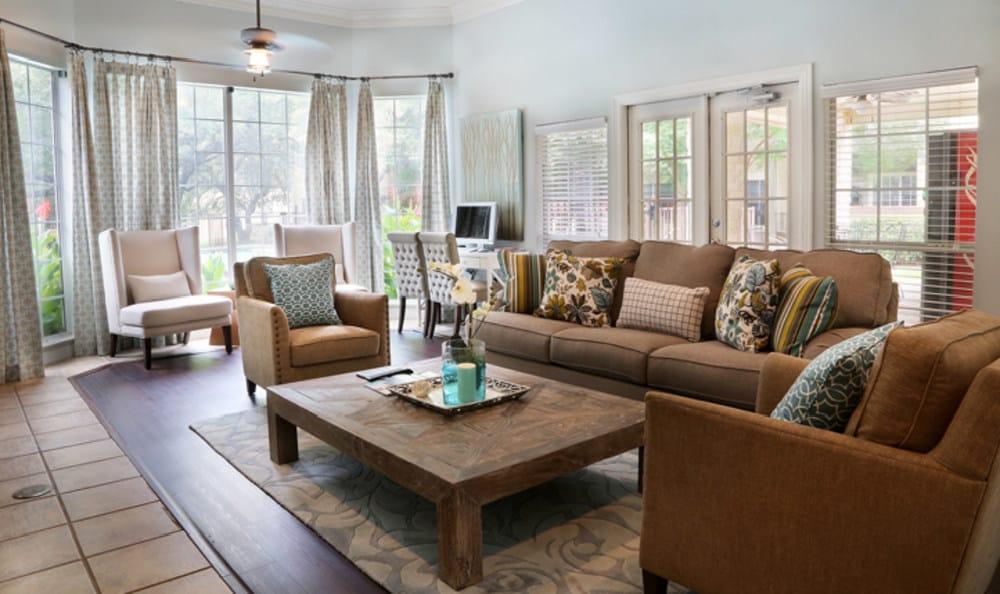 Lounge at Marquis at Ladera Vista
