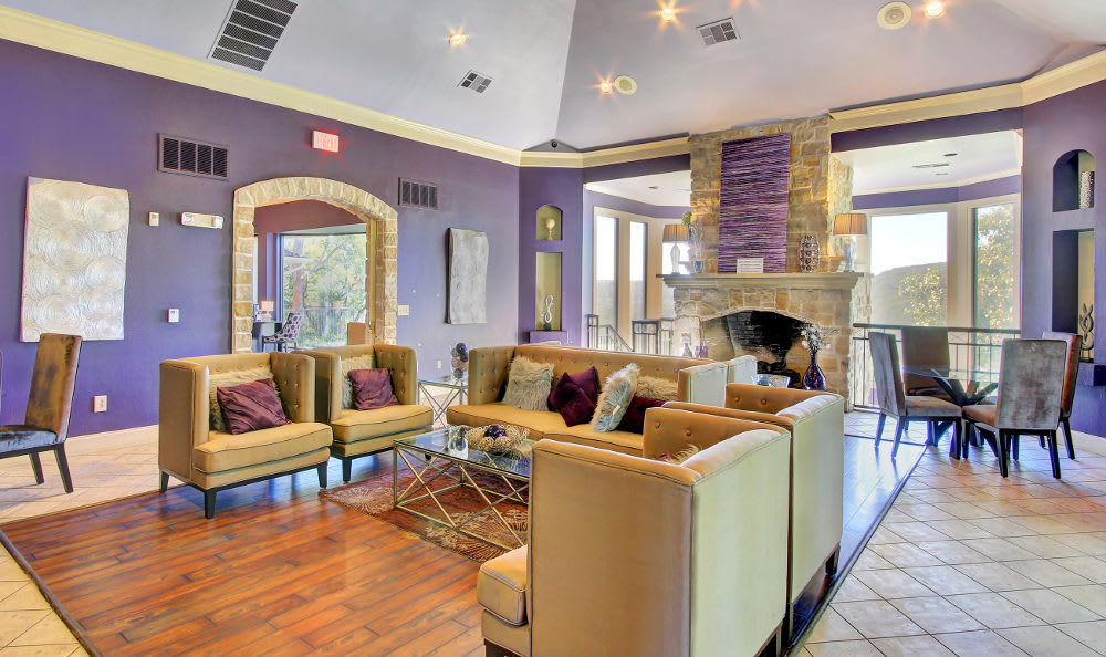The clubhouse lounge that is available to residents at Marquis at Treetops