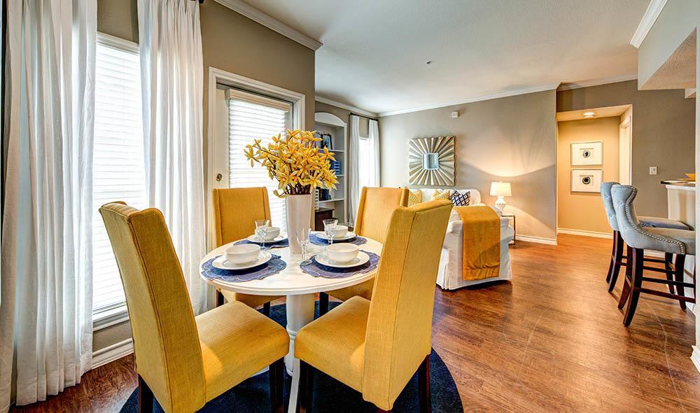 Welcoming dining room at Marquis at Deerfield, San Antonio