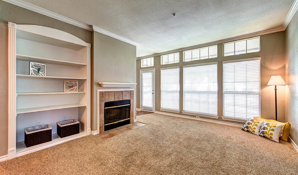 Oversized living room at Marquis at Deerfield, San Antonio