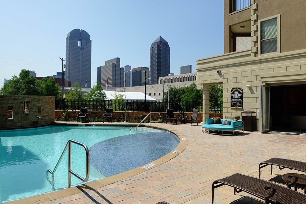 downtown luxury at apartments The Marquis of State Thomas in Dallas