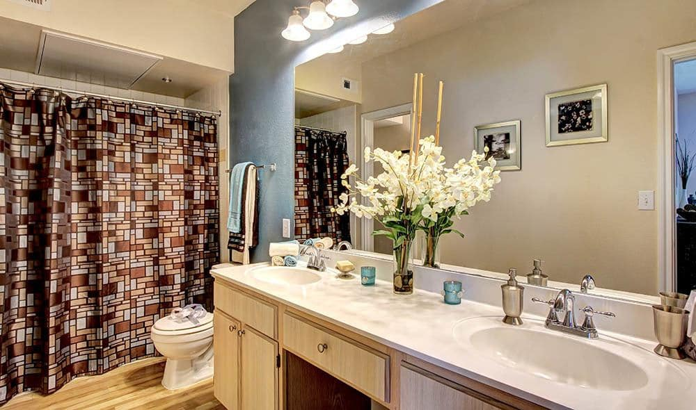 Luxurious bathroom at Marquis at Westchase, Houston
