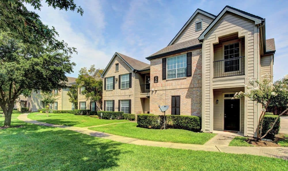 Apartments Marquis at Westchase in Houston