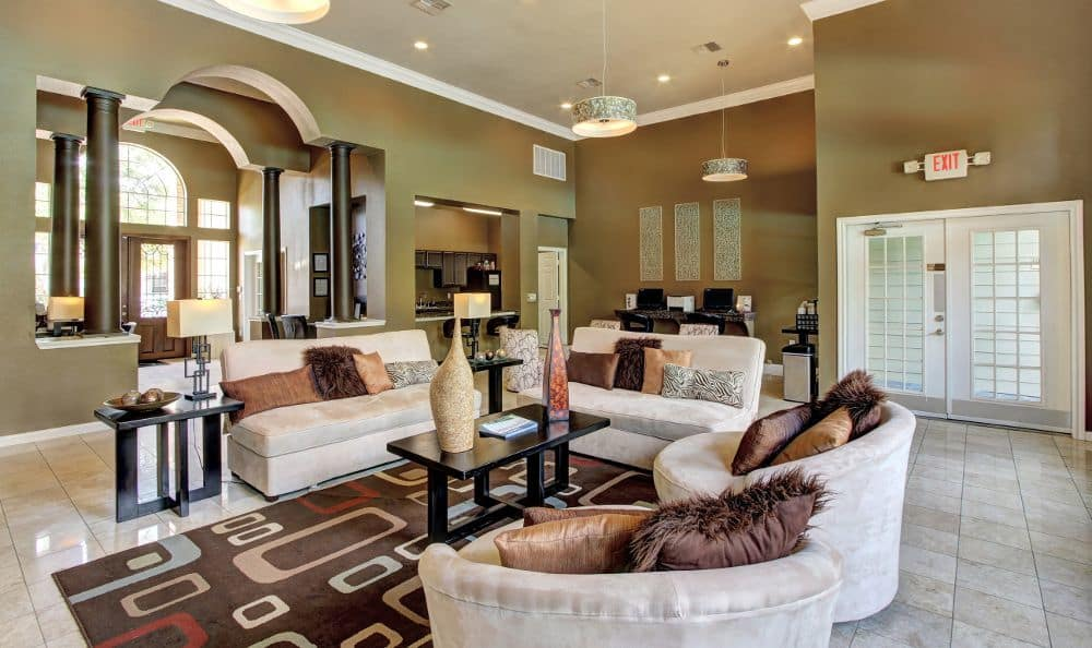 Beautiful living room at apartments Marquis at Westchase in Houston