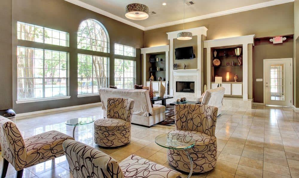 Spacious living room at apartments Marquis at Westchase in Houston