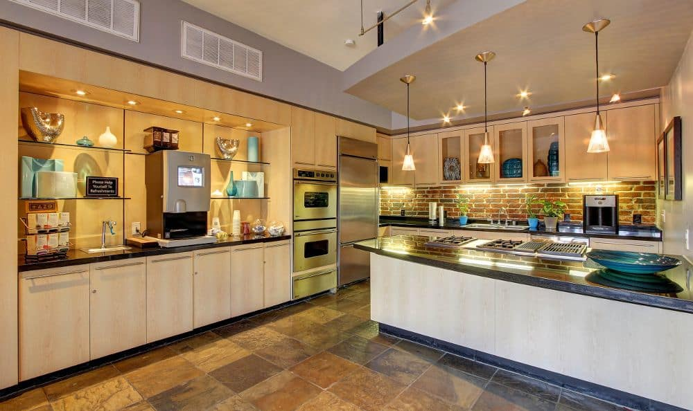 fully equipped kitchen room at apartments in Houston, TX