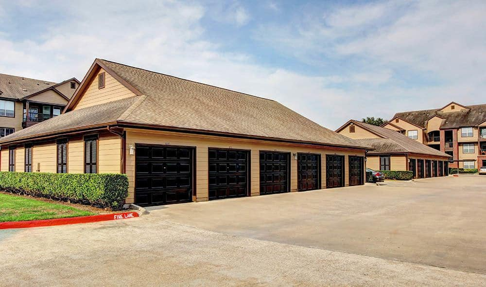 Garages at Marquis on Briar Forest