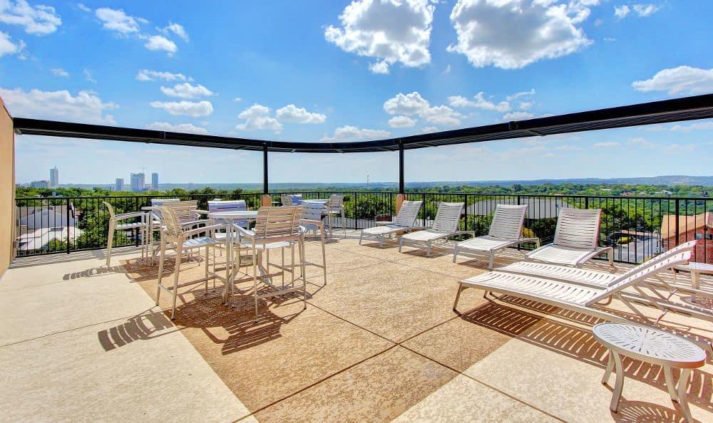 sundecks at apartments in Austin, TX