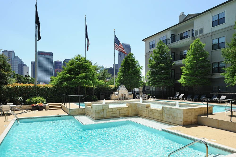 Luxury swimming at apartments in Dallas, TX