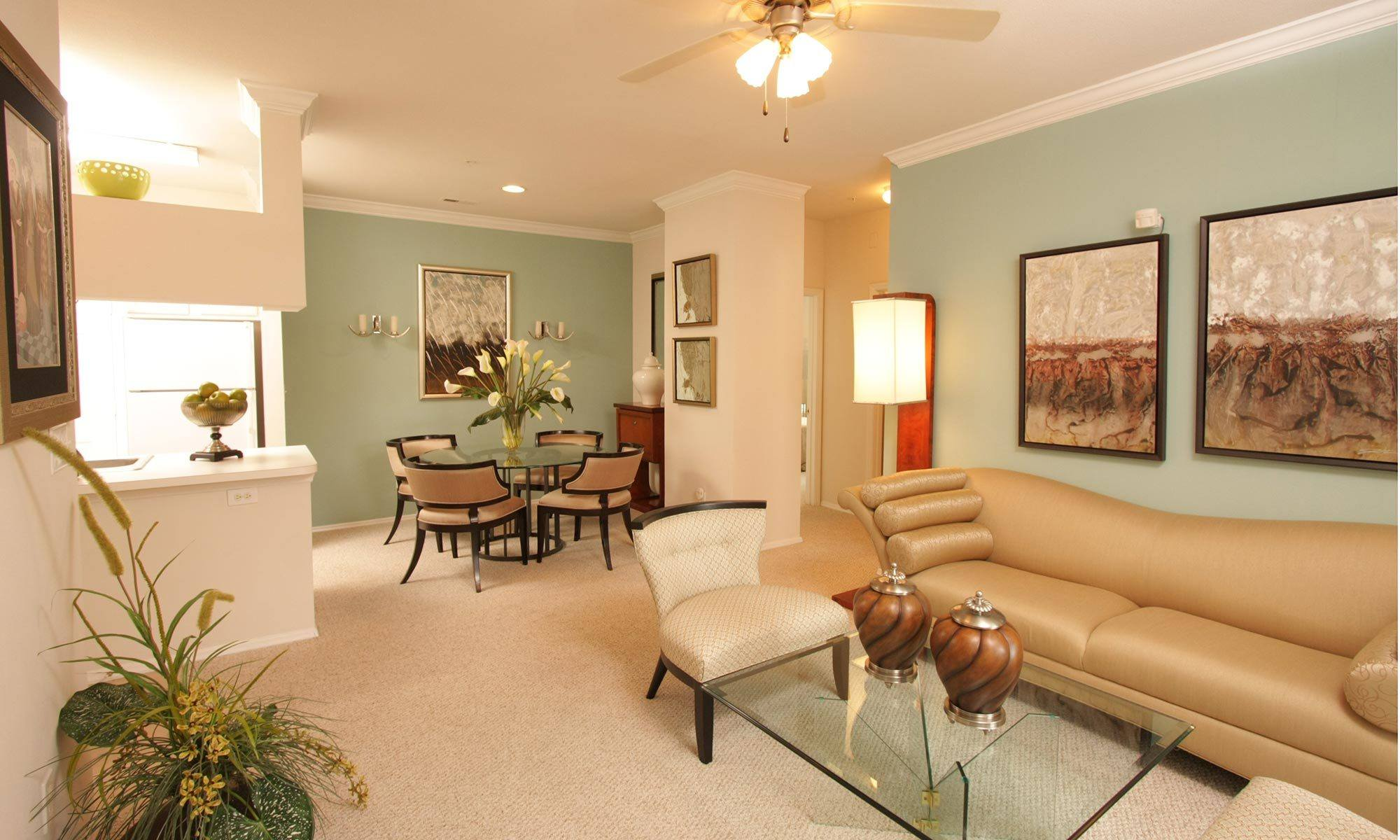 South Charlotte, NC Apartments | Marquis of Carmel Valley