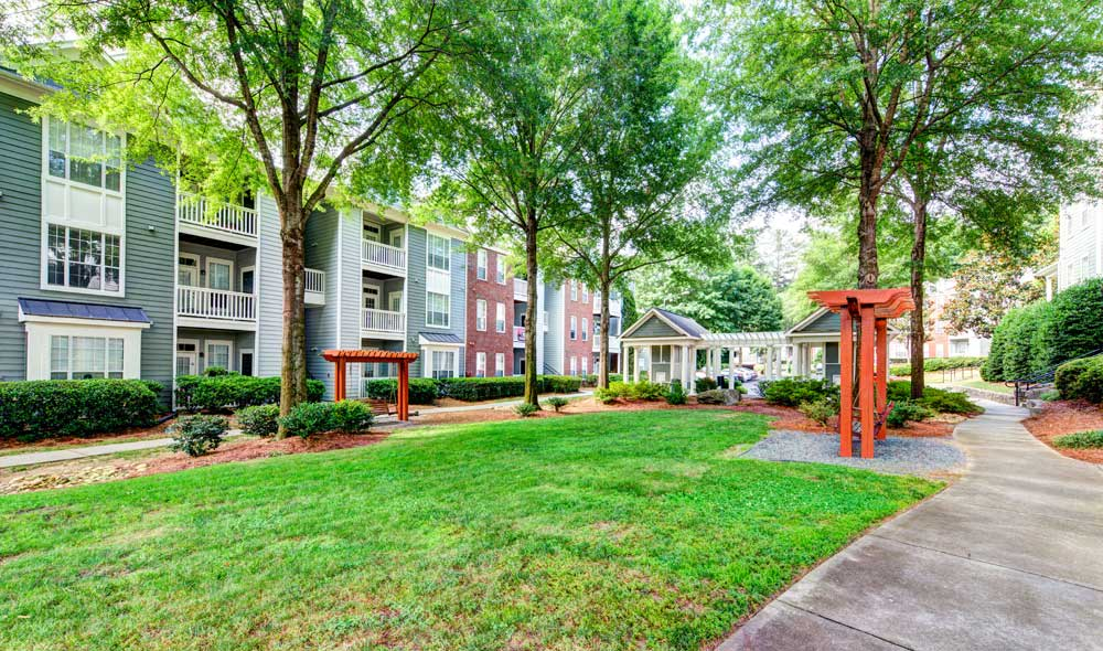 Courtyard at The Marq at Brookhaven