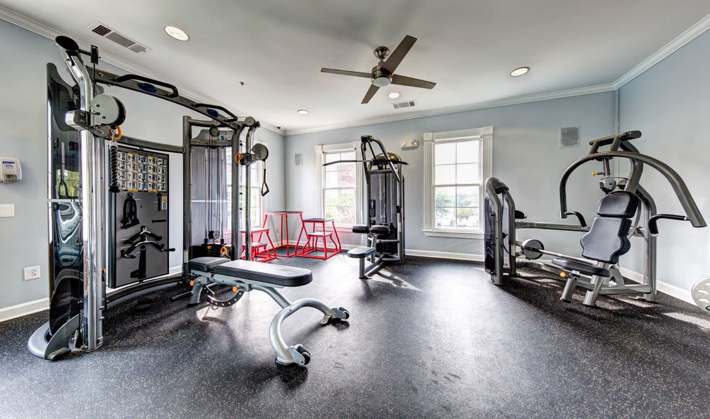 Fully equipped gym in Brookhaven, GA