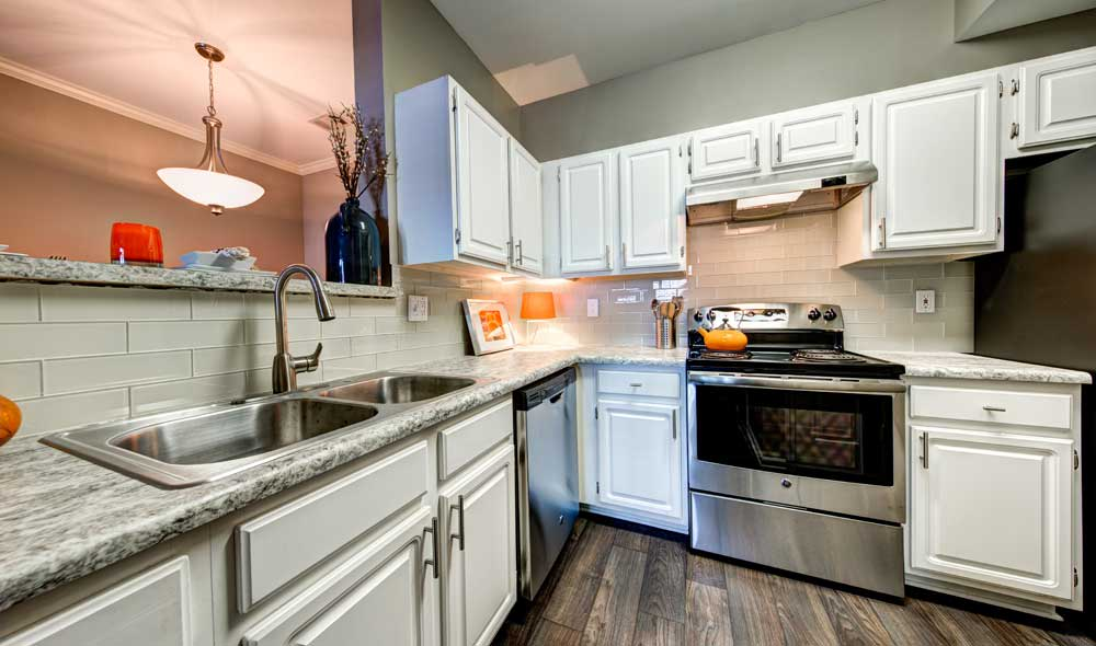 Example kitchen at The Marq at Brookhaven