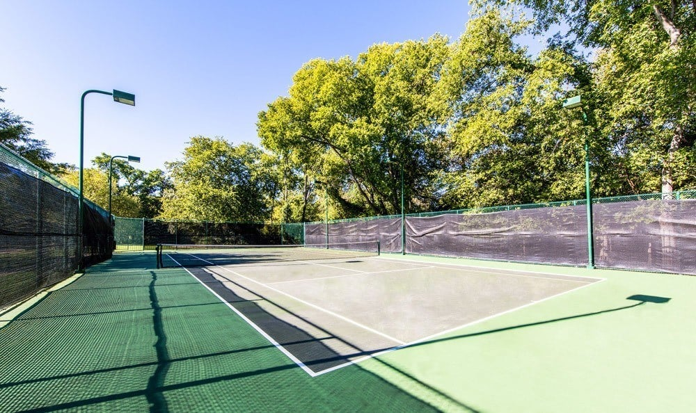 Tennis court at Marquis at Silver Oaks in Grapevine, TX