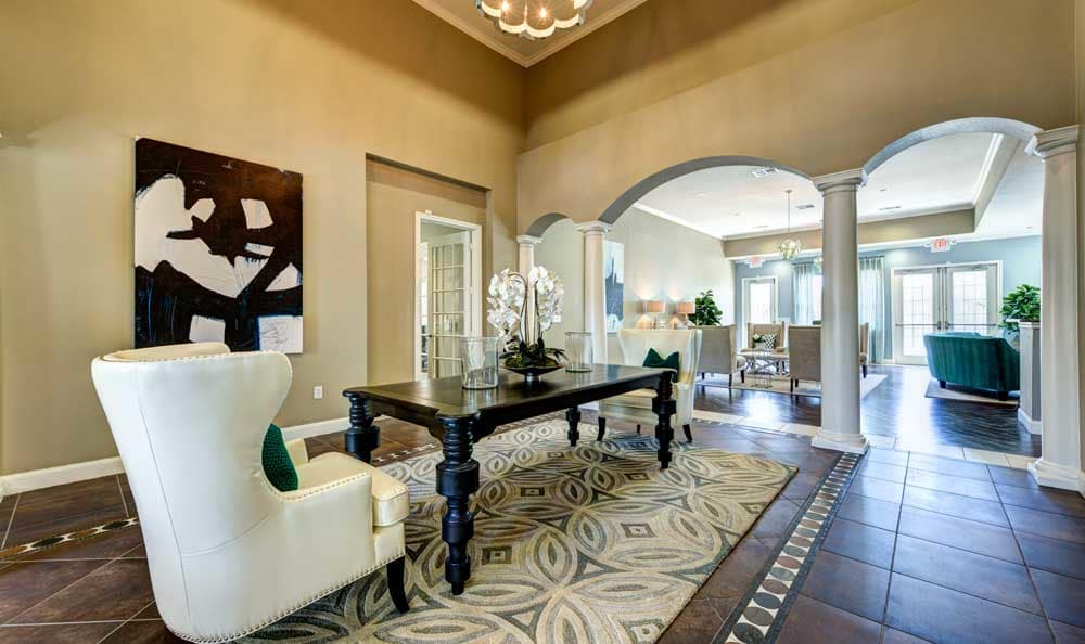 Sitting room at Marquis at Cinco Ranch