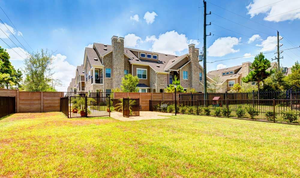 Exterior view of Marquis at Cinco Ranch apartments in Texas