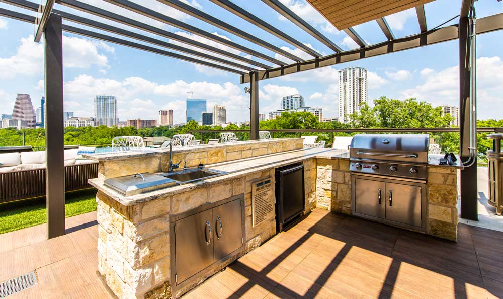 Apartments in Austin features a barbecue area