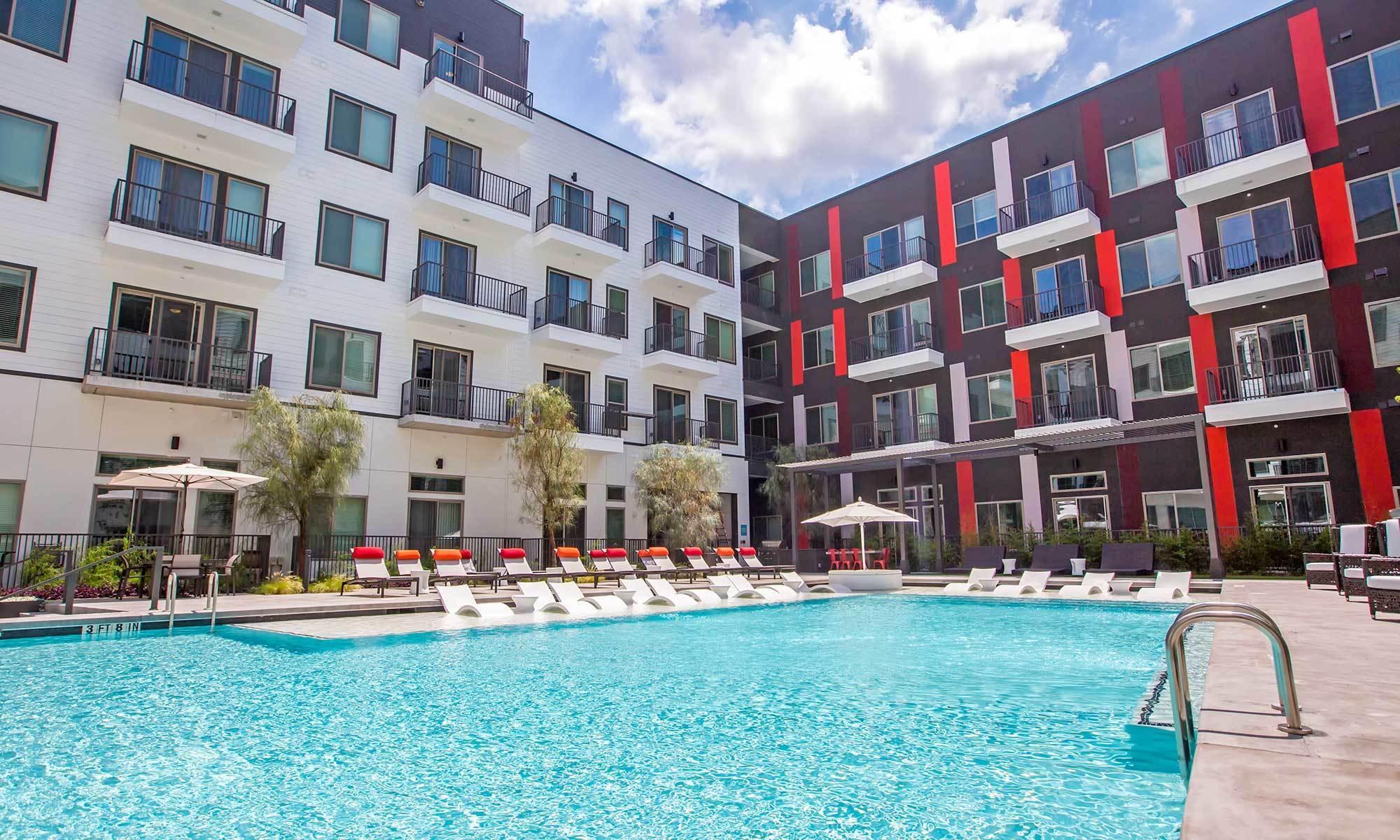 Apartment Rentals In Austin TX Marq On Burnet - 4 bedroom apartments austin tx