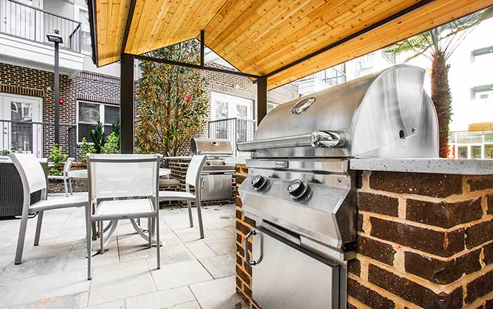 Grilling area at Marq Midtown 205