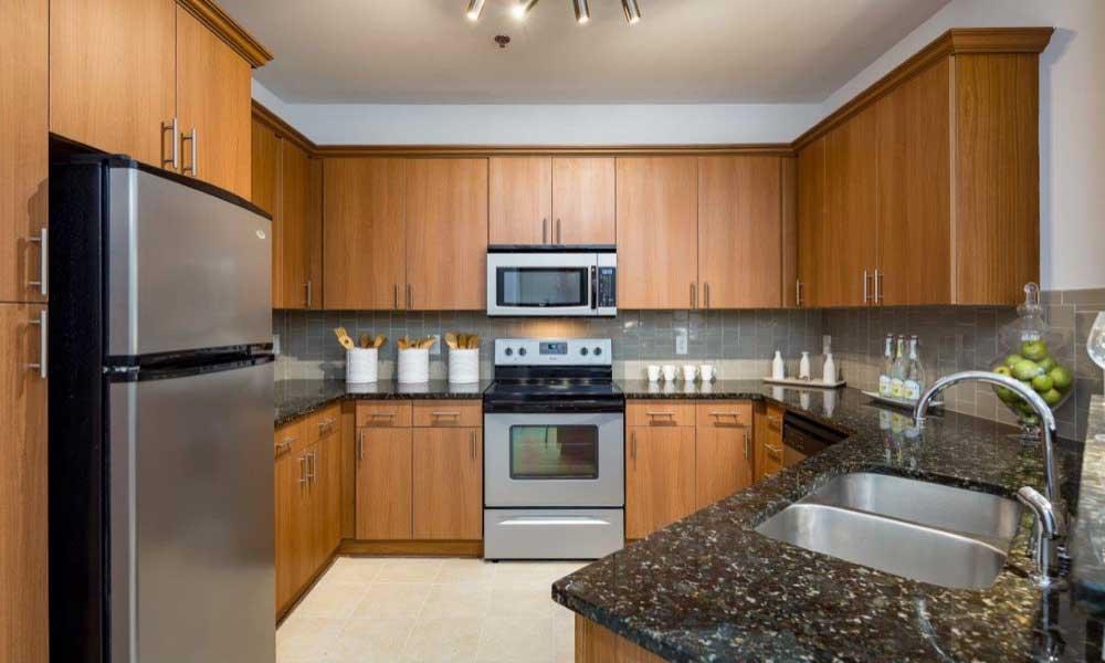 Nice clean kitchen in our Atlanta, GA apartments