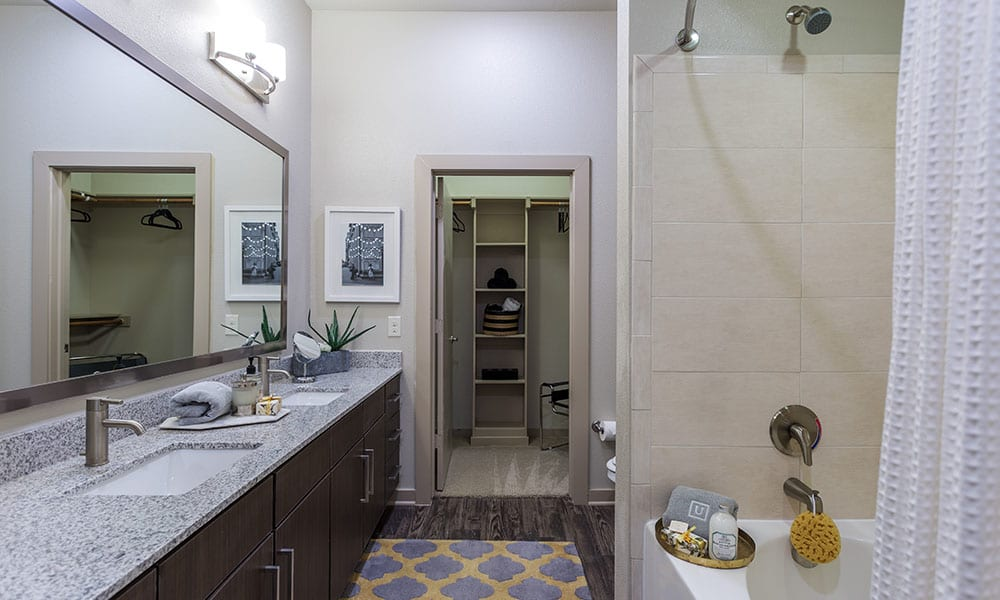 Model bathroom at apartments in Austin