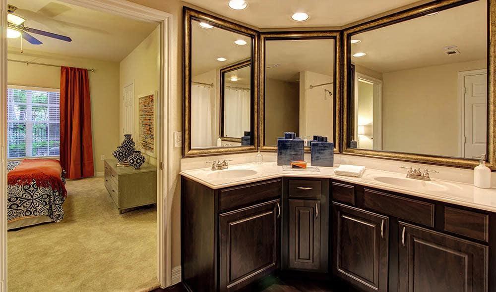 Designer bathroom at Marquis at Kingwood, Kingwood