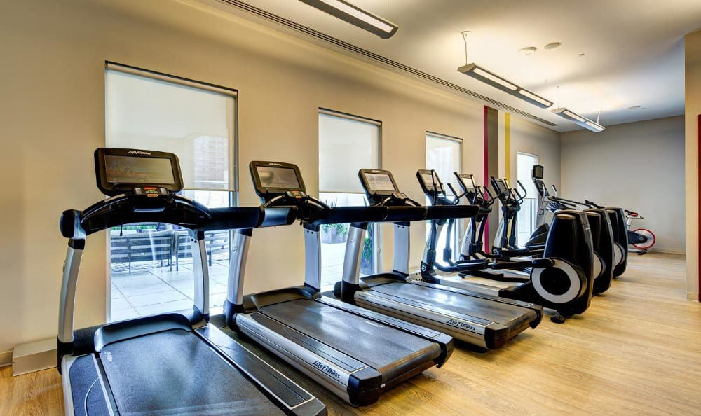 Work out at the fitness center at M5250, in Houston, TX