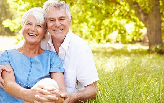 Couple very happy they chose to live at an AssistedSenior.com community!