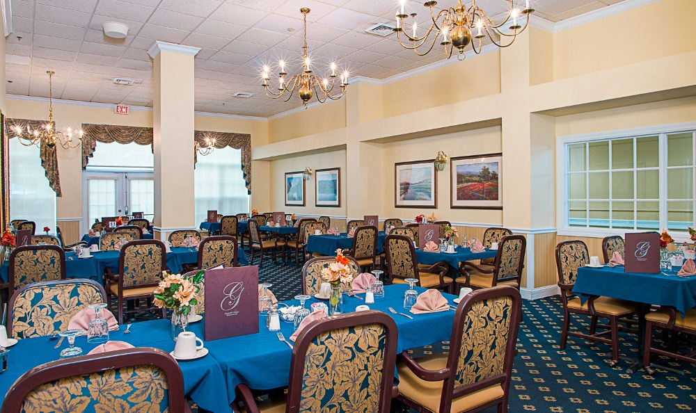 Community dining at Grand Villa of Delray West in Delray Beach, FL