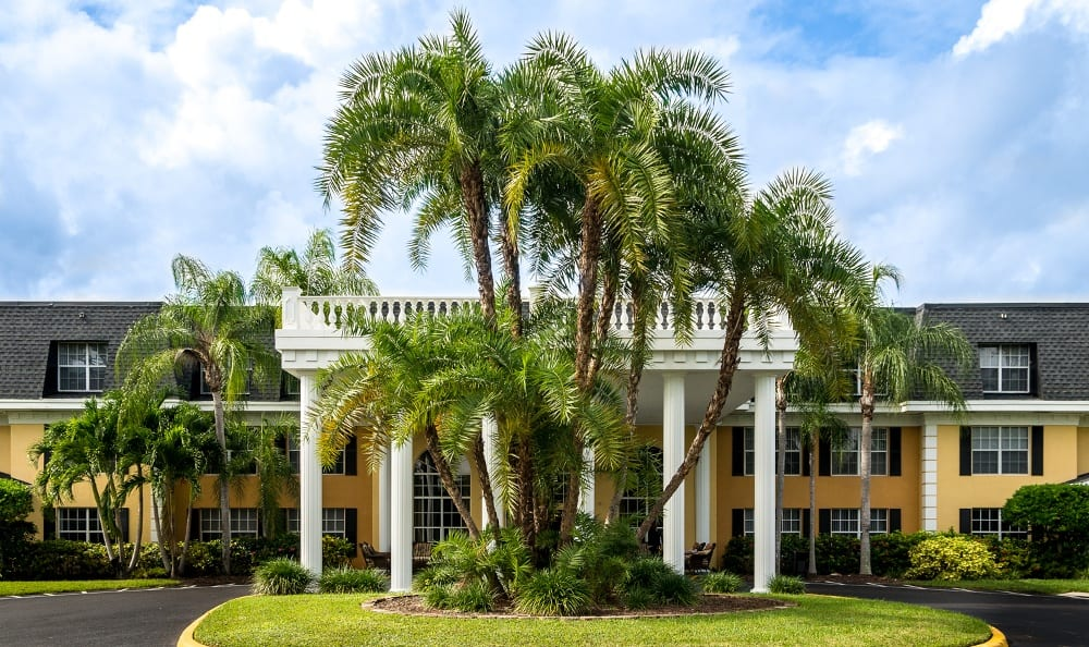 Welcome to Grand Villa of Delray West in Delray Beach, FL