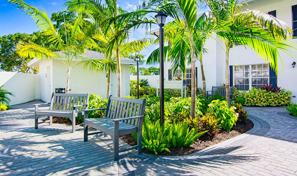 Beautiful walking paths at Grand Villa of Delray East in Delray Beach, Florida