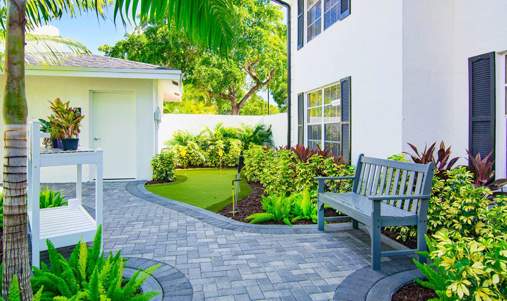 Our apartments in Delray Beach, Florida showcase beautiful walking paths