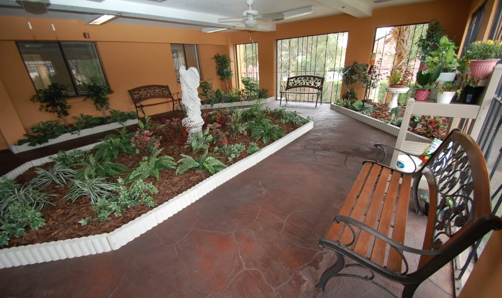 Sun room at Grand Villa of Altamonte Springs senior living in Altamonte Springs