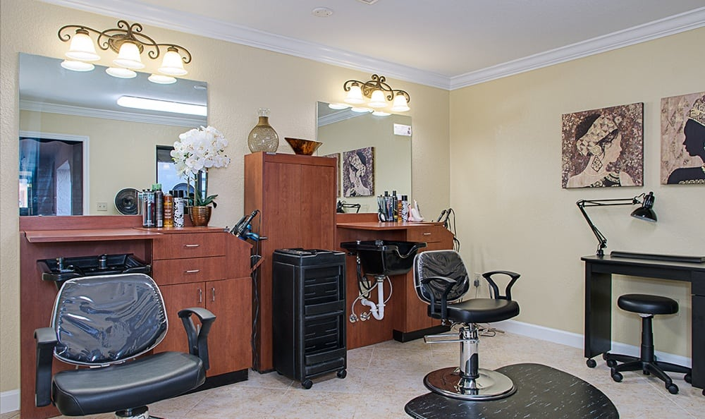 Spa & Salon at Grand Villa of Englewood in Englewood, Florida
