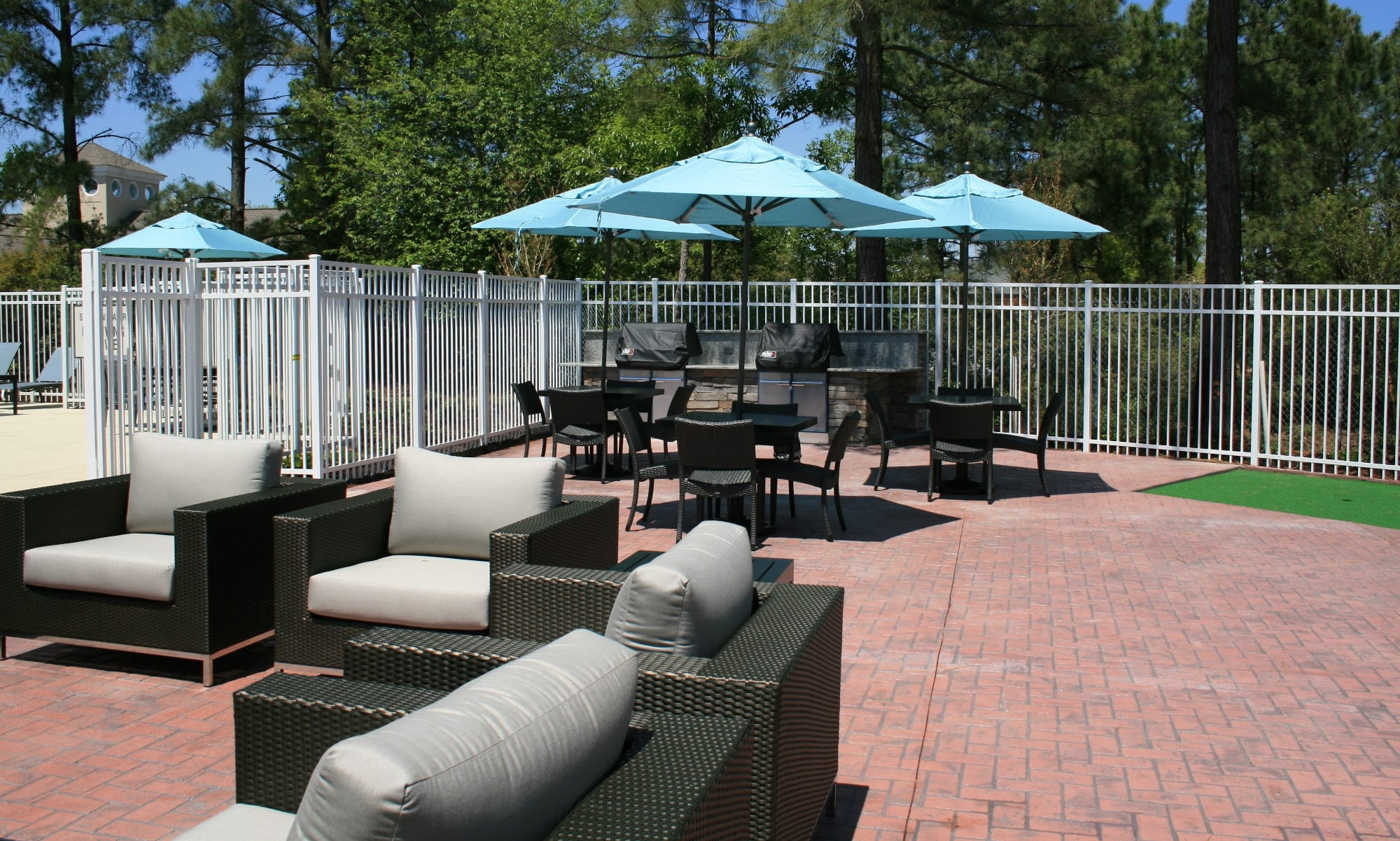 The Grove at Spring Valley has a great courtyard