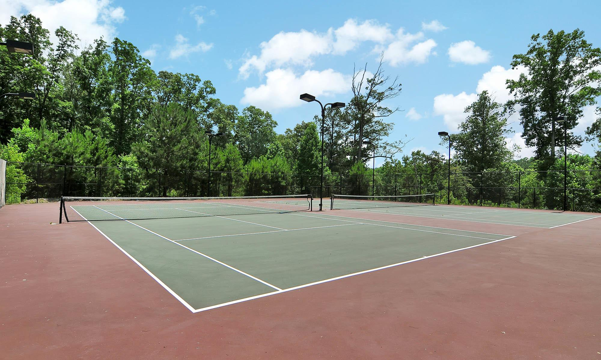 Tennis courts at apartments in GA