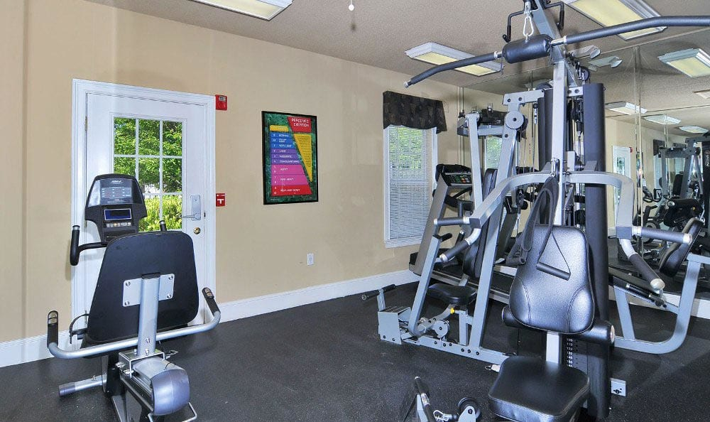 Fitness Center at Arbor Lake Apartments in Covington, GA.
