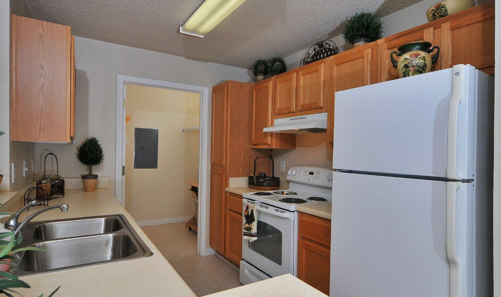 Apartment kitchen at Arbor Lake Apartments in Covington, GA.
