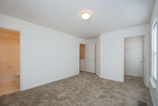 Large bedrooms at Riverside Manor apartments