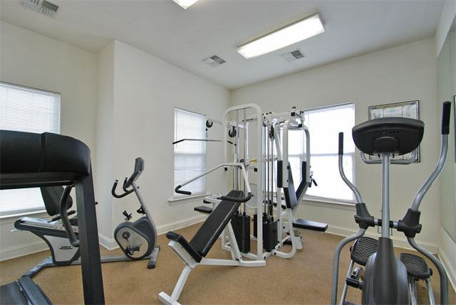 Exercise facility at Riverside Manor apartments