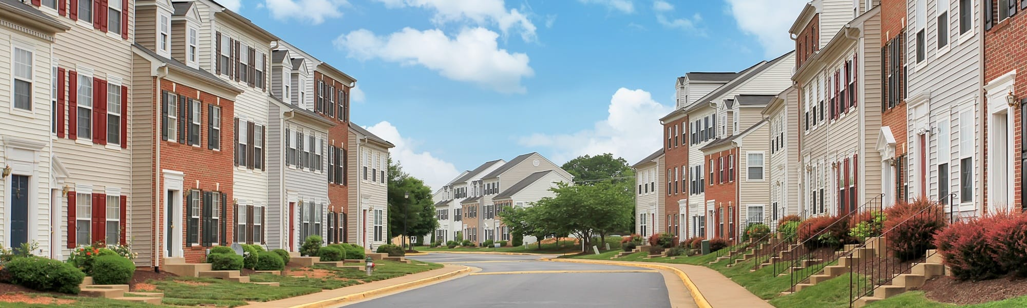 2 and 3 bedrooms offered at apartments in Fredericksburg