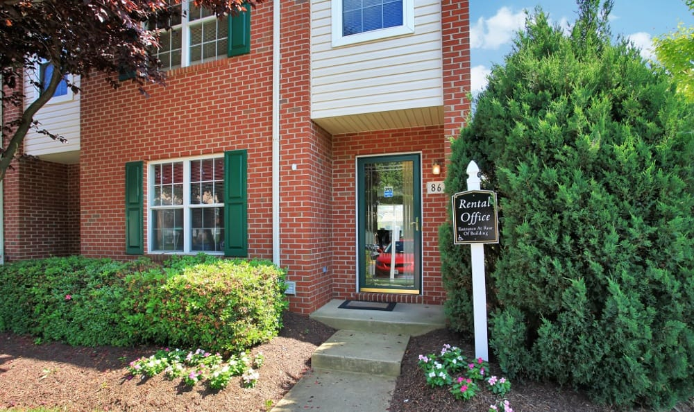 Leasing office at Park Ridge apartments