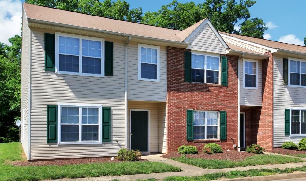Spacious Stafford apartments