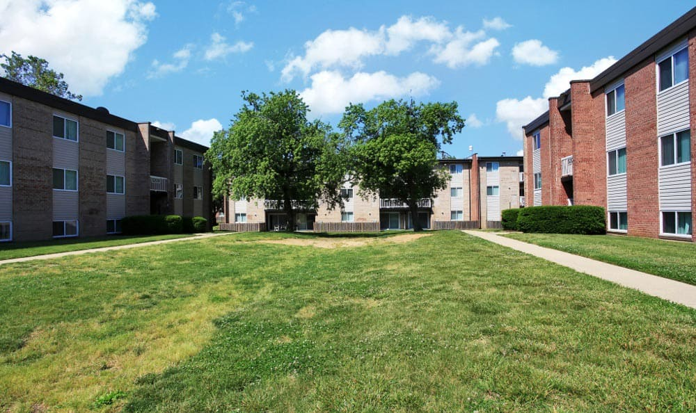 Nice surroundings at Allentown Apartments in Suitland, MD.