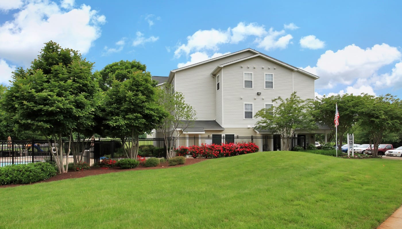 Relax in your new apartment home in Culpeper