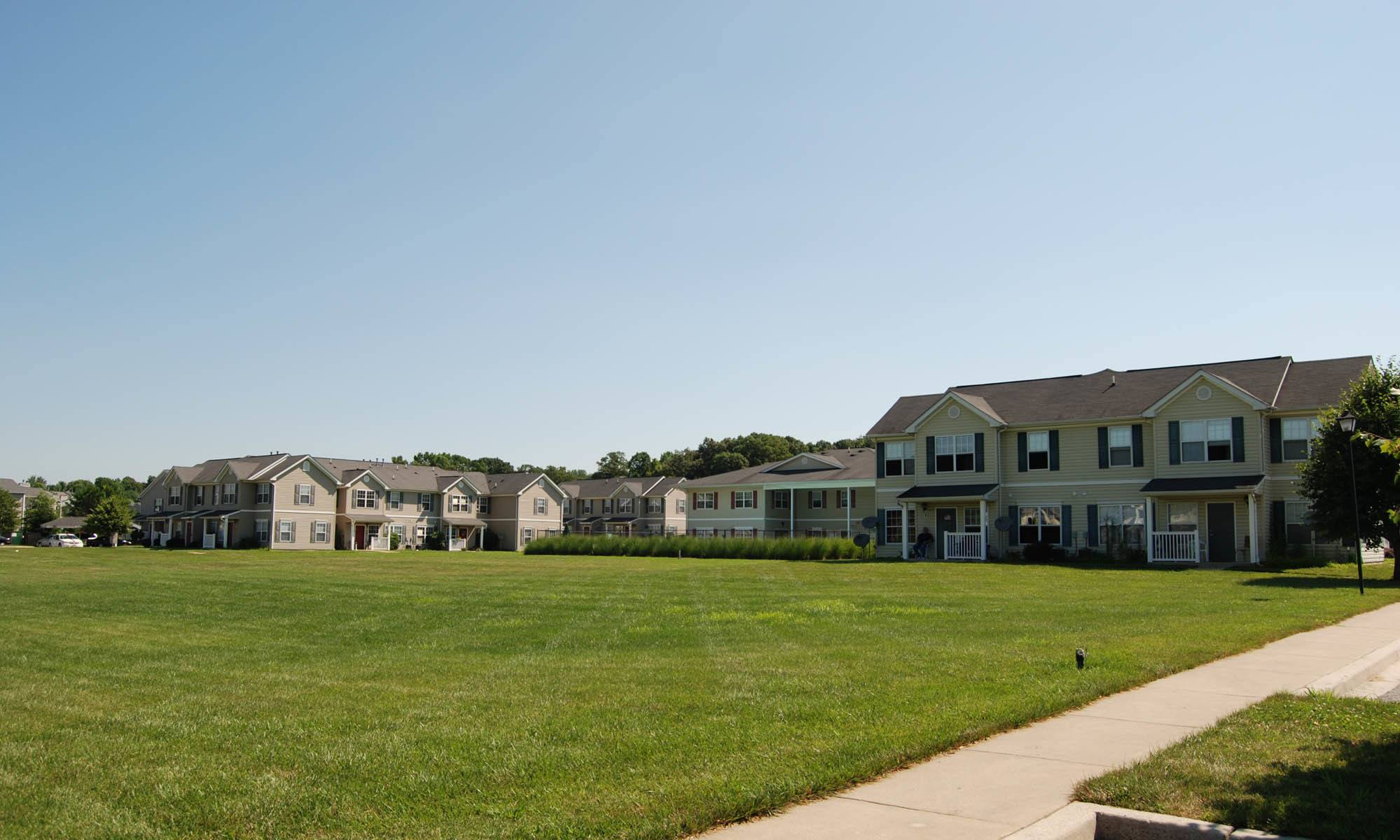 Glen Creek Apartments has very spacious grassy areas