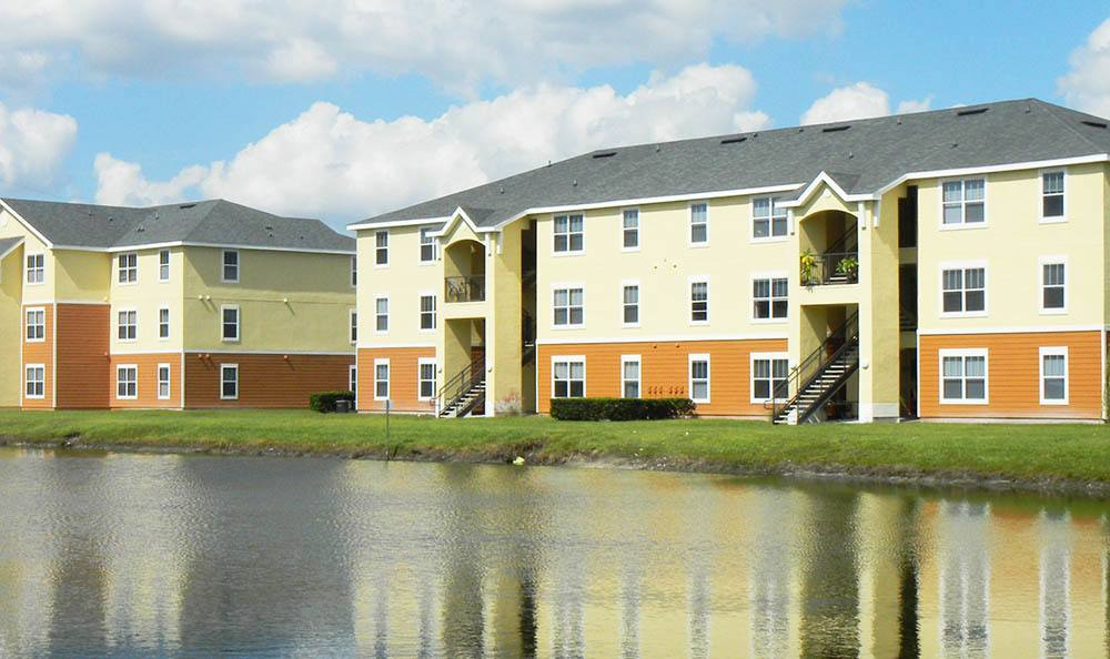 Grande Court Boggy Creek Apartments Near The Waterfront in Kissimmee, FL
